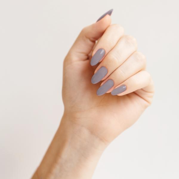 Гель-лак для ногтей Гейнсборо - пример маникюра