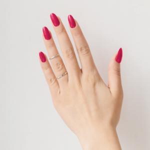 Лак для ногтей Рерих - пример маникюра