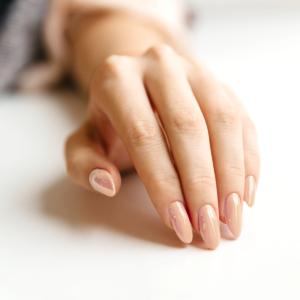 Лак для ногтей Рубенс - пример маникюра